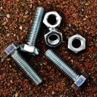 Why Chemical Threadlockers Are Favoured Over Mechanical Fasteners
